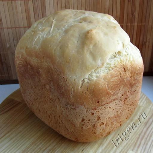 буханка простого хлеба