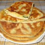 Плацинды с сыром и зеленью
