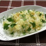 Салат из редьки с луком