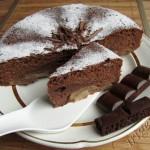 шоколадный бисквит с грушами