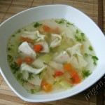 Куриный суп с овощами и домашней лапшой