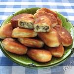 фотография пирожков с грибами и рисом