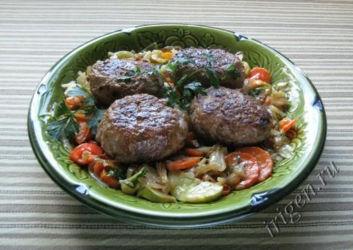 фотография овощного гарнира к мясным блюдам