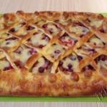 фото пирога с яблоками и клюквой