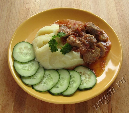 мясо с помидорами фото