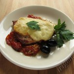 отбивные под сыром с помидорами черри фото
