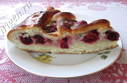 дрожжевой пирог с вишней фото