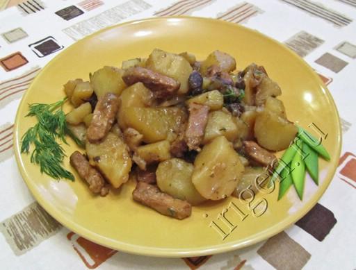жаркое с картошкой и мясом и грибами в духовке