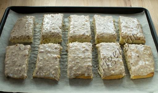 пирожные на противне фото