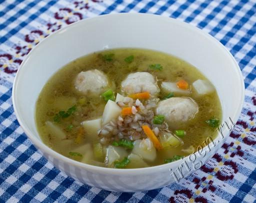 суп гречневый с куриными фрикадельками фото