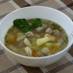 Суп с клецками и фрикадельками фото