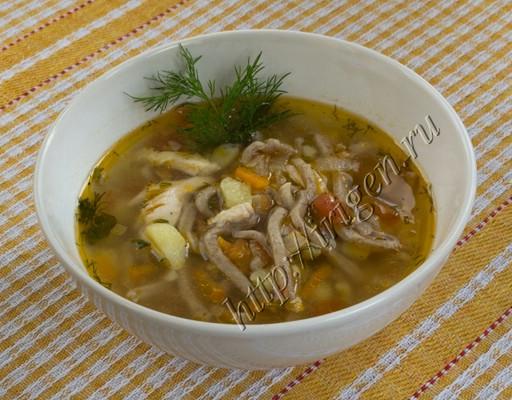 суп куриный с льняной лапшой