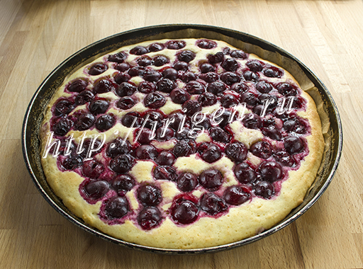 пирог после первой выпечки