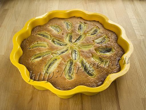 пирог с киви после выпечки