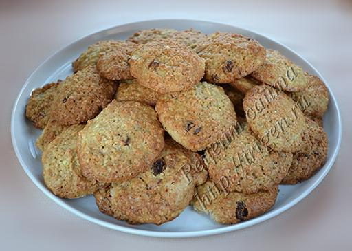 печенье овсяное с кабачком и изюмом