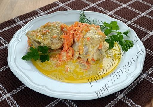 курица в сметанно-овощном соусе в мультиварке
