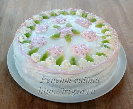 торт с яблочным пюре яблони в цвету