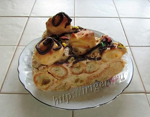 торт из профитролей в разрезе