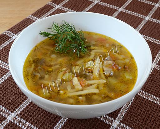 суп с грибами и кабачками