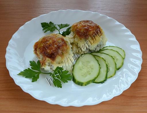 куриные тефтельки со сливочно-сырным соусом