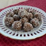 конфеты из фиников и миндаля