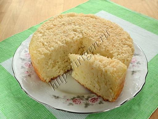 пирог рафаэлло с кокосовой стружкой в мультиварке