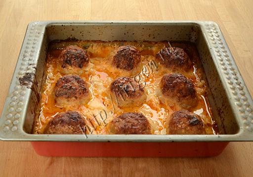 тефтели в сливочно-сырном соусе после запекания