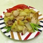жареный картофель с куриным филе