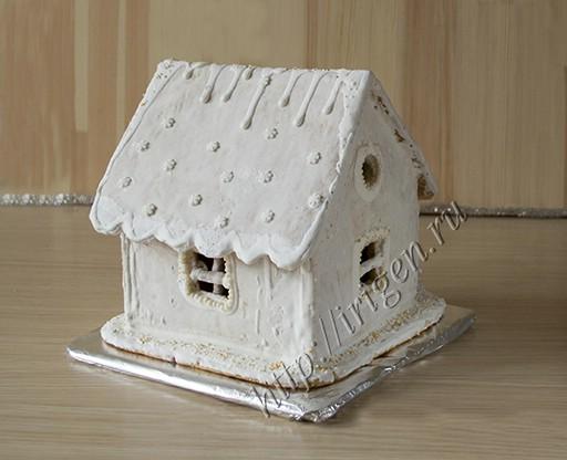 пряничный домик - вид сбоку