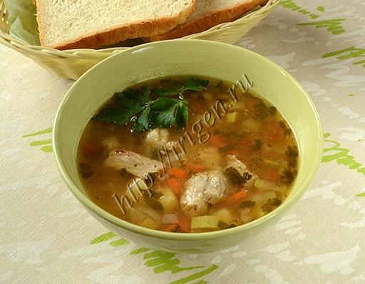 мясной суп с кабачком