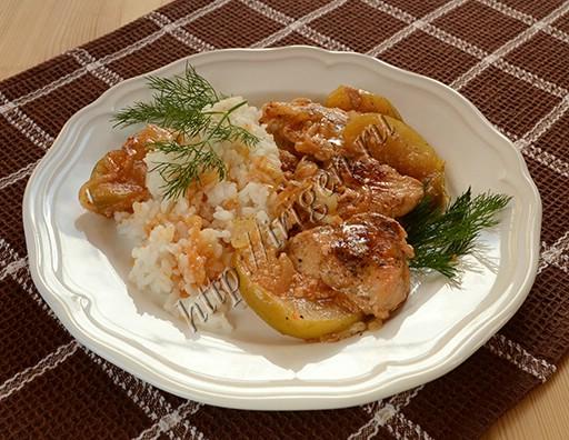 куриная грудка с яблоками в сливочном соусе