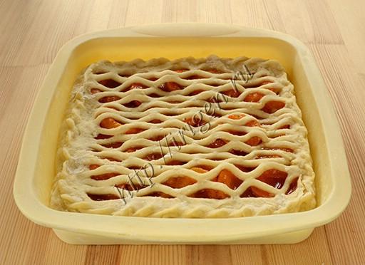 пирог с сеткой
