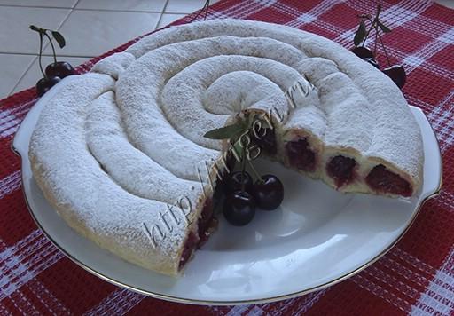 пирог вишневая улитка