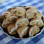 рулетики из творожного теста с белково-ореховой начинкой