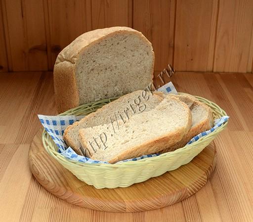 хлеб с цельнозерновой и ржаной мукой в хлебопечке