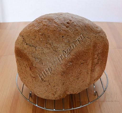 хлеб с ржаной мукой и солодом