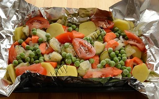 приготовление утиных грудок с овощами в фольге