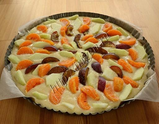 приготовление пирога с фруктами на газировке