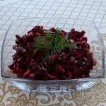 салат из свёклы с огурцами и чесноком