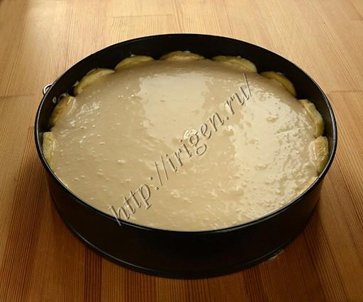 сборка торта - заливка карамельного мусса