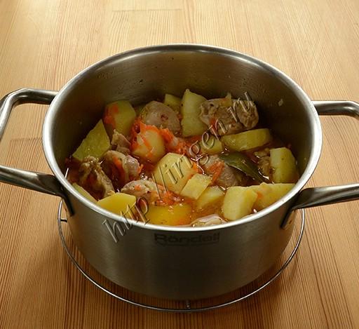 жаркое из курицы и картофеля