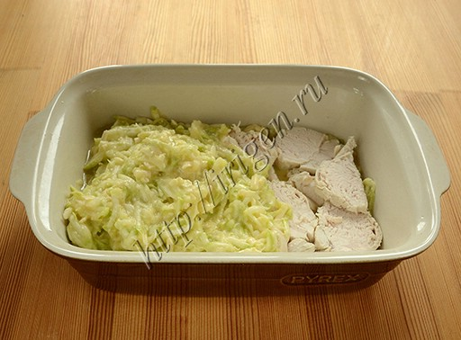 приготовление кабачковой запеканки с курицей