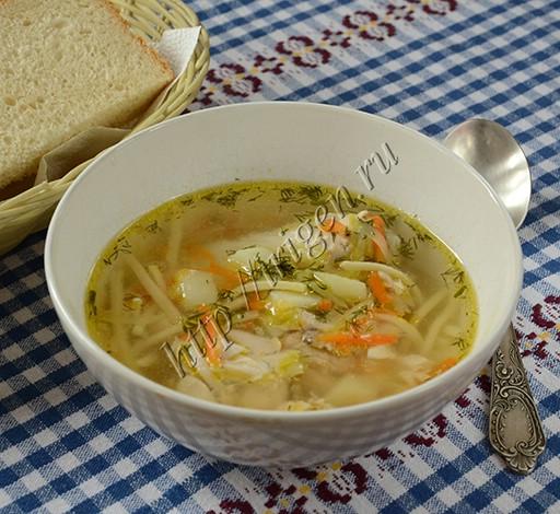 суп куриный с домашней лапшой и кабачком