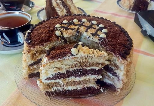 торт бисквитный тирамису - разрез