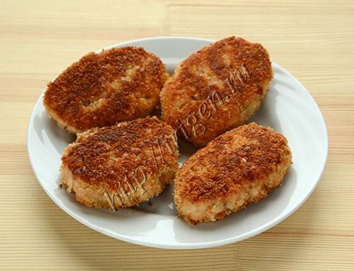 рыбные котлеты с творожным сыром