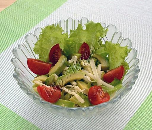 салат простой с авокадо