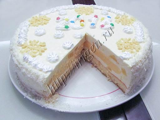 торт новогодний в разрезе