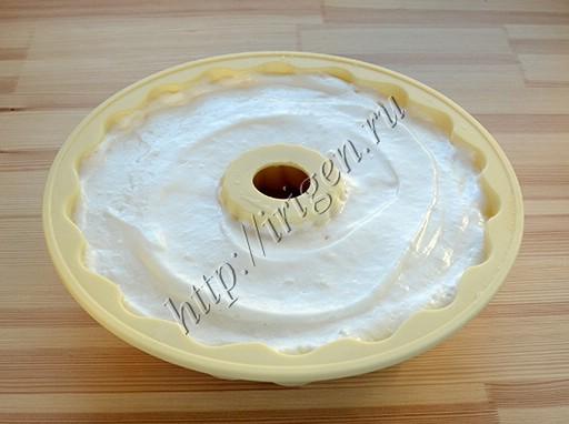 бисквит перед выпечкой
