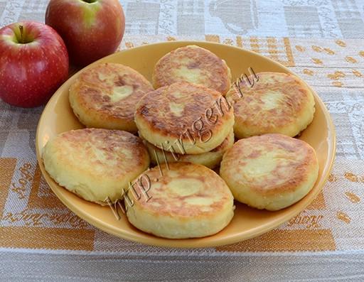 сырники с тертым яблоком