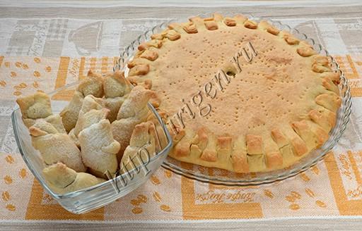 пирог и рогалики из бездрожжевого универсального теста